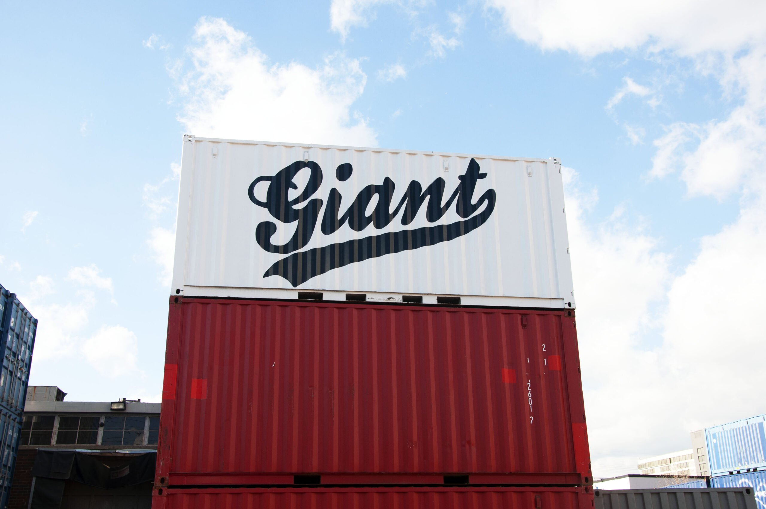 Stacked containers w/ Giant Logo